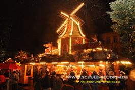 weihnachtsmarkt in heidelberg christmas on ice. Black Bedroom Furniture Sets. Home Design Ideas
